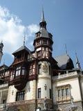 Tejados del castillo de Peles, Transilvania Imagen de archivo libre de regalías