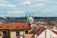 Tejados en Praga fotografía de archivo libre de regalías