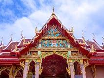 Tejados llanos multi de la arquitectura antigua tailandesa Imagenes de archivo