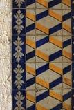 Tejas coloridas de Lisboa en la pared Imagen de archivo