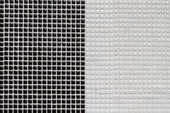 Tejas de mosaico blancos y negros Imagen de archivo