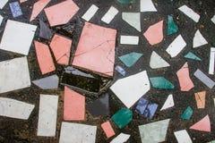 Tejas de mosaico del Grunge en fondo Fotos de archivo libres de regalías