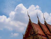 Tejas de tejado tradicionales tailandesas foto de archivo