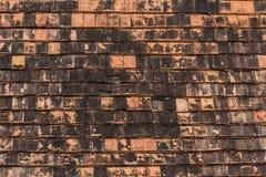Tejas de tejado viejas hechas de terracota Imagen de archivo