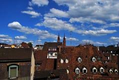 Tejas de tejados rojas Foto de archivo