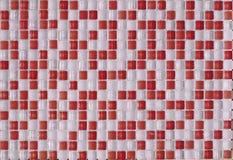 Tejas multicoloras de cerámica de cristal de los elementos blancos y rojos ilustración del vector