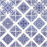 Tejas ornamentales azules y azules claras de los azulejos Ejemplo decorativo del ornamento del vintage stock de ilustración