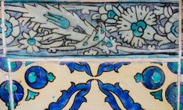 Tejas turcas hechas a mano antiguas del otomano fotografía de archivo