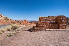 Teken bij de ingang aan het Nationale Park van de Capitoolertsader, Utah Royalty-vrije Stock Fotografie