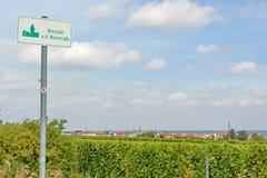 Teken Neustadt een der Weinstrasse stock foto