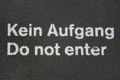Teken op een vloer (Berlijn, Duitsland) Stock Afbeelding