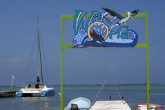 Teken over een pijler in de Caraïbische Zee Royalty-vrije Stock Afbeelding