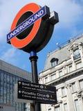 Teken van de de buispost van Londen het ondergrondse, Londen, het UK Stock Foto's