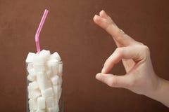Teken van o.k. en drank met suiker, concept royalty-vrije stock afbeelding