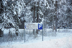 Teken van Santa Claus-dorp in Rovaniemi die in Lapland in Finland is Stock Foto