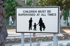 Teken voor families stock afbeelding