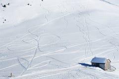 Tekeningen op de sneeuw in de Alpen van het Dolomiet in Italië Stock Fotografie