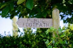 Tekenpost voor openbaar voetpad Stock Fotografie