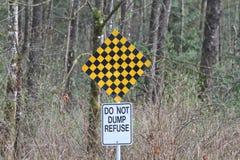 Tekens aan het eind van een weg Stock Foto's