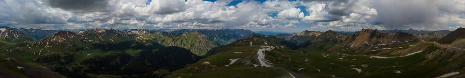 TeknikerPass Colorado sikt uppifrån, panorama- skott royaltyfria foton