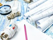 Teknikuppvärmning Begreppsuppvärmning Projekt av uppvärmning för hus Arkivbild