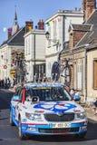 Teknisk bil av laget för FDJ Procycling Royaltyfria Bilder