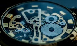 Teknologibakgrund med metallkugghjul och Royaltyfri Foto