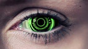 Teknologikoddesign i mänskligt öga stock video