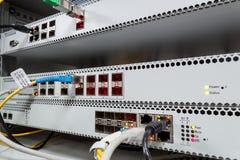 Teknologimitt med optisk PON utrustning för fiber Royaltyfria Foton