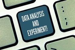 Tekstów dane szyldowa pokazuje analiza I eksperyment Konceptualnej fotografii Technologiczne badawcze statystyki przeglądają Klaw obrazy royalty free