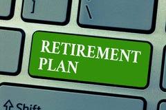Tekst emerytura szyldowy pokazuje plan Konceptualny fotografii oszczędzania pieniądze po to, aby używać je gdy ty rezygnujesz dzi fotografia royalty free