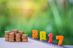 2017 tekst liczba z monetami Fotografia Stock