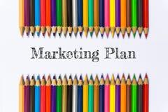 Tekst Marketing Plan op de achtergrond van het kleurenpotlood/bedrijfsconcept Royalty-vrije Stock Afbeelding