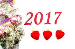 Tekst 2017 met Kerstboomdecoratie Royalty-vrije Stock Foto's