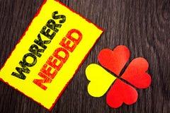 Tekst pokazuje pracowników Potrzebujących Biznesowa fotografia pokazuje rewizję Dla kariera zasobów pracowników bezrobocia proble Zdjęcie Royalty Free