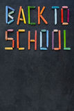 Tekst & x22; Popiera school& x22; tworzący z nafcianymi pastelami na łupku Zdjęcie Royalty Free