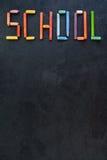 Tekst & x22; School& x22; tworzący z nafcianymi pastelami na łupku Obraz Royalty Free