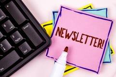 Tekst szyldowa pokazuje gazetka Motywacyjny wezwanie Konceptualny fotografia biuletyn okresowo wysyłał członkowie pisać na menchi obrazy royalty free