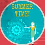 Teksta lata szyldowy pokazuje czas Konceptualna fotografia dokonuje długiej wieczór światła dziennego lata położenia zegarów godz ilustracja wektor