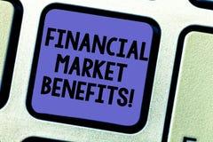 Teksta rynku finansowego szyldowe pokazuje korzyści Konceptualna fotografia Przyczynia się skuteczność targowy Klawiaturowy klucz obraz stock