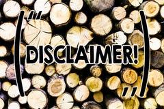 Teksta szyldowy pokazuje dementi Konceptualny fotografia warunków oświadczenie zaprzeczenie Drewniany roszczenie prawne Copyright zdjęcia royalty free