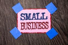 Teksta szyldowy pokazuje mały biznes Konceptualny fotografia przemysłu przedsiębiorcy Trochę Sklepowy Zaczyna Pracowniany sklep p zdjęcia stock