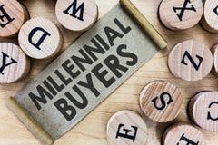 Teksta znak pokazuje Millennial nabywcy Konceptualny fotografia typ konsumenci które są zainteresowani w wykazywać tendencję prod zdjęcie stock