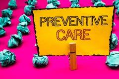 Teksta znak pokazuje Prewencyjną opiekę Konceptualny fotografii zdrowie zapobiegania diagnozy testów Medycznej konsultaci Clothes obrazy royalty free