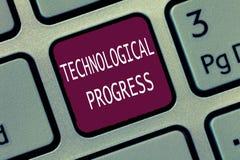 Teksta znak pokazuje Technologicznego postęp Konceptualny fotografia kombinezonu proces wymyślenie innowaci dyfundowanie zdjęcie royalty free