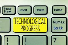 Teksta znak pokazuje Technologicznego postęp Konceptualny fotografia kombinezonu proces wymyślenie innowaci dyfundowanie zdjęcia royalty free