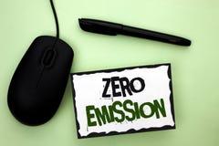 Teksta znak pokazuje Zero emisję Konceptualnego fotografia silnika silnika Energetyczny źródło który emituje żadny jałowych produ Fotografia Royalty Free
