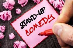 Teksta znak Stoi Up komedię Biznesowy pojęcie dla rozrywka klubu zabawy przedstawienia komedianta noc pisać Wałkowego Kleistego N zdjęcie stock
