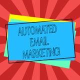 Teksta znaka emaila seans Automatyzujący marketing Konceptualny fotografia email wysyłał automatycznie lista pokazywać stos puste ilustracji