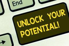 Teksta znaka seans Otwiera Twój potencjał Konceptualna fotografia Wyjawia talent lochy umiejętności zdolność Klawiaturowego klucz zdjęcie stock